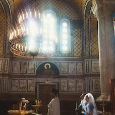 Wedding photographer Yana Arutyunova (motor182). Photo of 08.12.2015