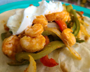 Air Fryer Shrimp Fajitas