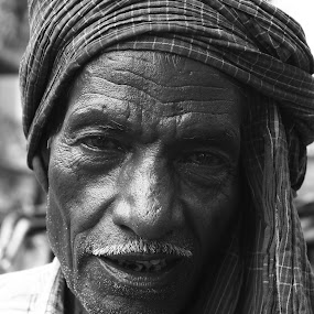 Rickshw Puller in Kolkata by Soumen Mitra - Black & White Portraits & People