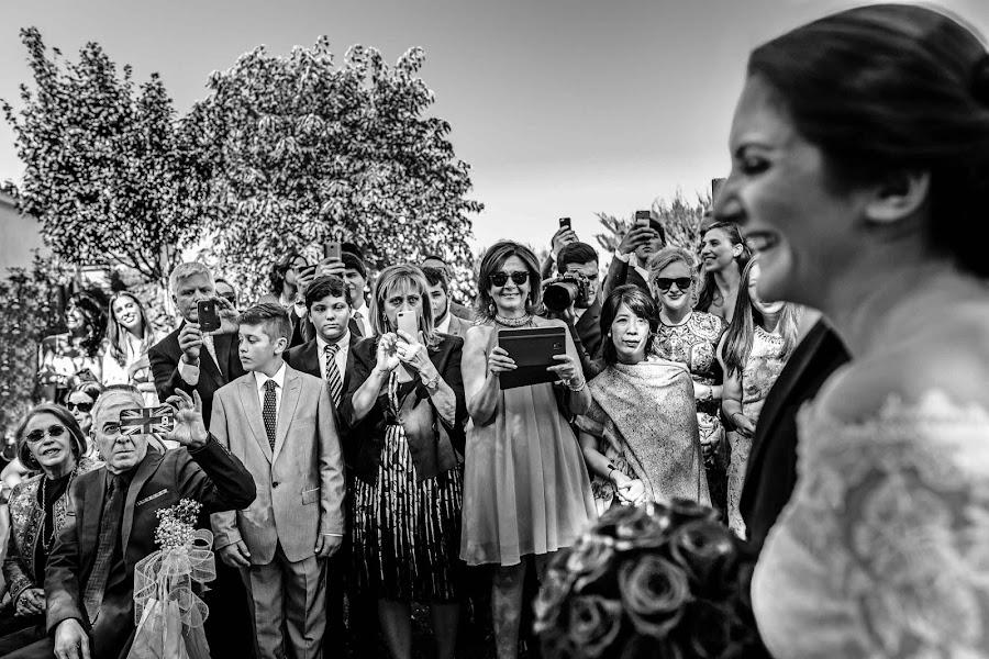 Wedding photographer Rafa Martell (fotoalpunto). Photo of 30.06.2016