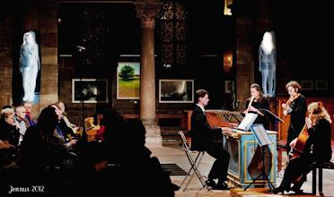 Photo: Tableaux d'une exposition et le concert au Eglise du Temple Neuf.  Place du Temple Neuf, Strasbourg, France