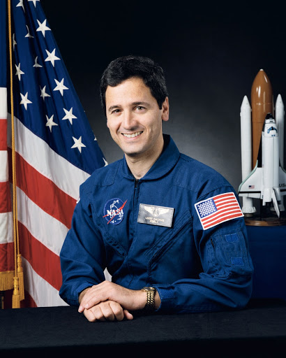 Official portrait of STS-50 Payload Specialist Lawrence J. DeLucas