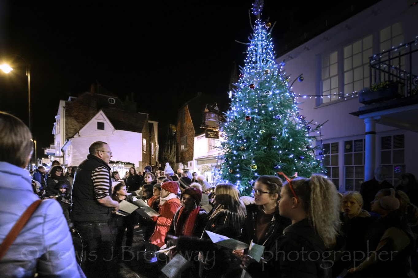 Tenterden Christmas Lights Switch On 2017