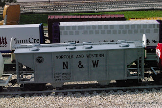 Photo: N&W Covered Hopper by Scott Weatherford.  HALS - SWLS 2009-0523