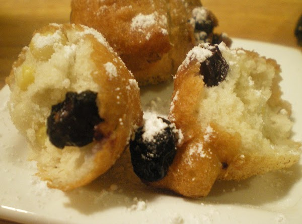 Dust with powdered sugar if desired and enjoy!