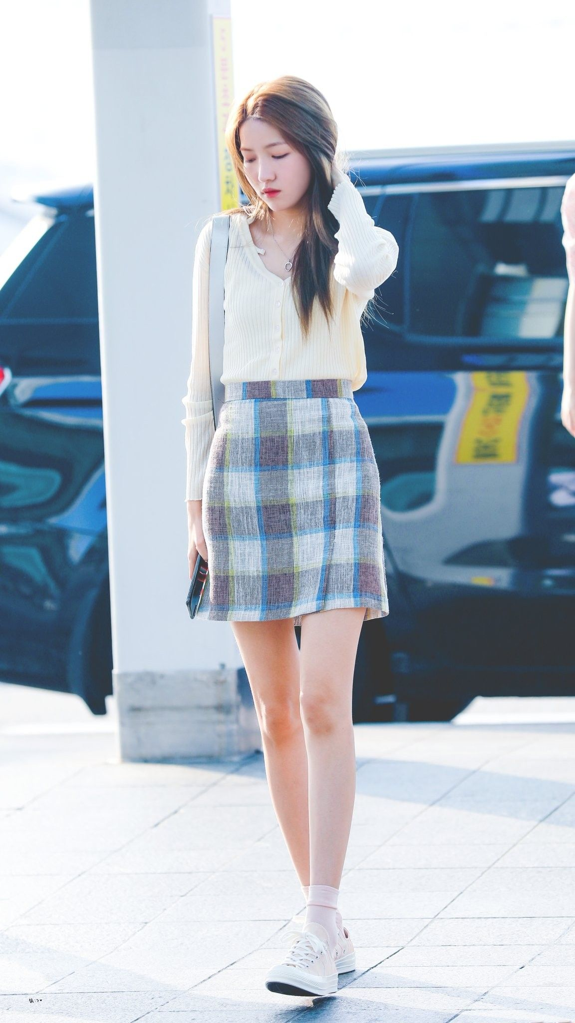 sowon casual 1