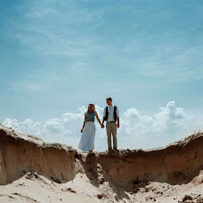 Wedding photographer Tanya Garmash (HarmashTania). Photo of 18.10.2017