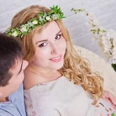 Wedding photographer Karina Kirpichnikova (Fotokirpichik). Photo of 11.08.2014