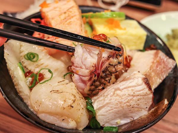 永遠排隊的平價丼飯/日本料理,小六食堂