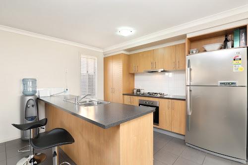 Photo of property at 32 Sherrington Grange, Derrimut 3026