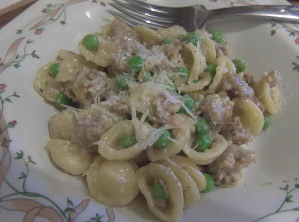 Sweet And Creamy Sausage And Pea Pasta Romano