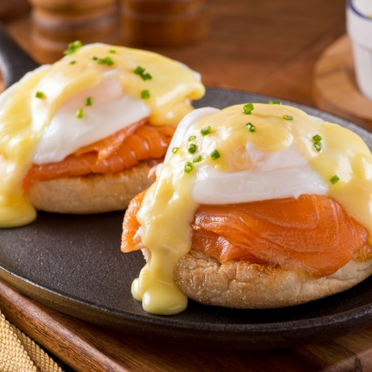 Red Lobster's Eggs Benedict with Smoked Salmon