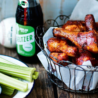 Cayenne Chicken Drumsticks With Blue Cheese Dipping Sauce.