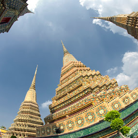 Sleeping Buddha Temples by Saiful N. Firmansyah - Buildings & Architecture Places of Worship ( bangkok, temple, temples, buddha, wat pho,  )