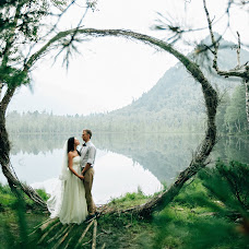 Wedding photographer Zarina Sokur (ZarinaUra). Photo of 17.09.2016