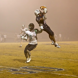 Foggy Catch by Mike Craig - Sports & Fitness American and Canadian football