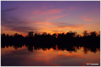 Photo: Liebeserklärung an meine Heimat.  Sunset / Sonnenuntergang am Waldsee (Lago) 25.09.2011 19:15:07