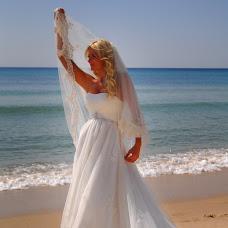 Wedding photographer Ekaterina Koptelova (HalWaStudio). Photo of 19.10.2014