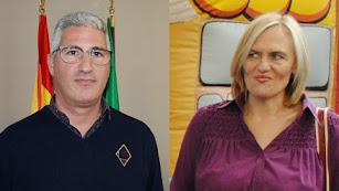 Ismael Torres, izquierda, alcalde de Huércal de Almería. Isabel Fernández, concejala destituída, derecha