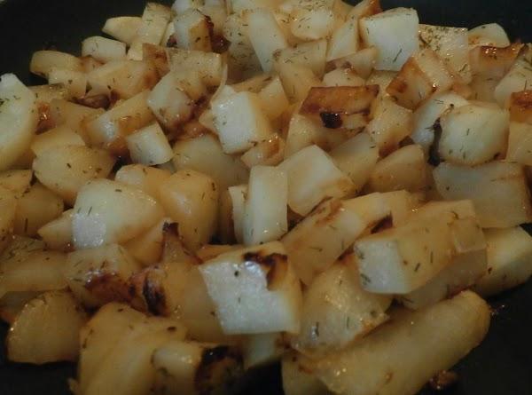 Nan's Skillet Dill Potato Fries Recipe