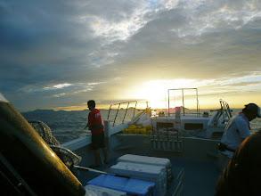 Photo: さあー!やるぞー! ・・・昼ぐらいからシケてくる予報。 午前中にバリバリ釣れますように。