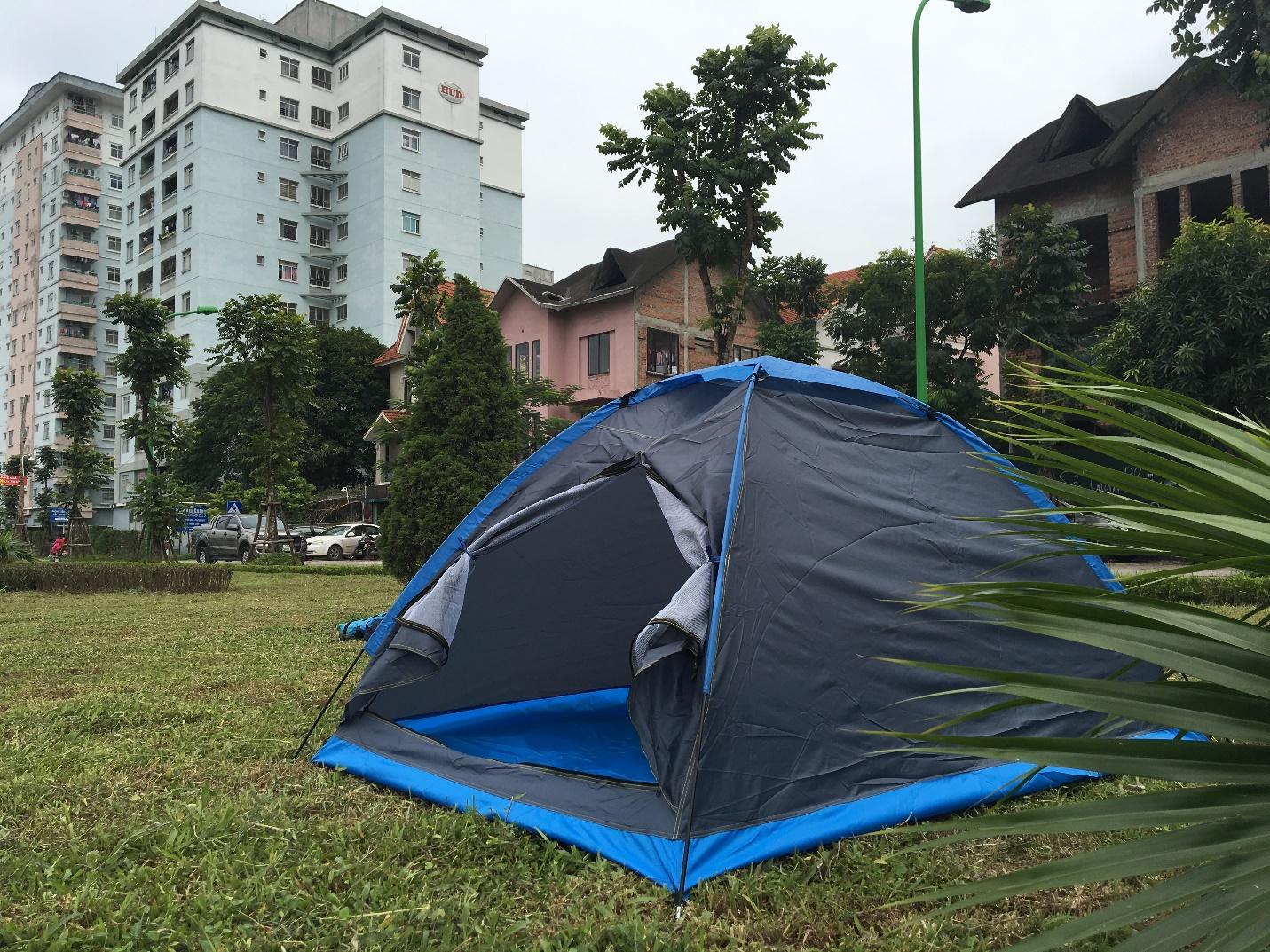 Có nên dùng dịch vụ cho thuê lều khi đi cắm trại hay không?