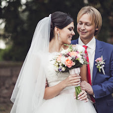 Wedding photographer Oleg Sidorov (OSid). Photo of 25.02.2015