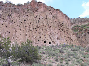Photo: Bandellier Cliff Dwellings