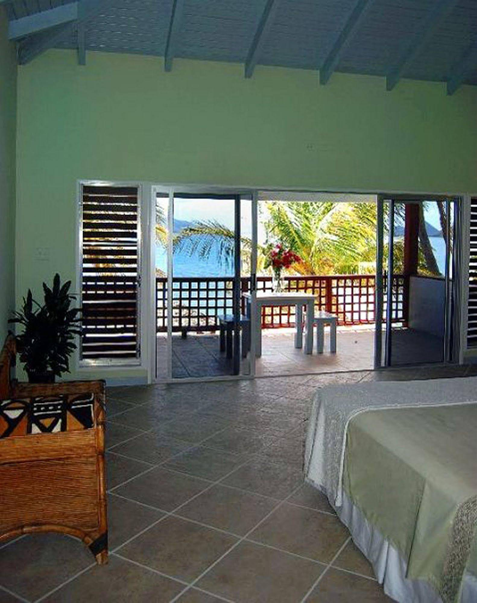 Fort Recovery Beachfront Villa and Suites