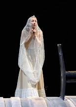 Photo: WIEN/ Burgtheater: WASSA SCHELESNOWA von Maxim Gorki. Premiere22.10.2015. Inszenierung: Andreas Kriegenburg. Aenna Schwarz.  Copyright: Barbara Zeininger
