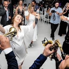 Wedding photographer Ruxandra Manescu (Ruxandra). Photo of 26.12.2018