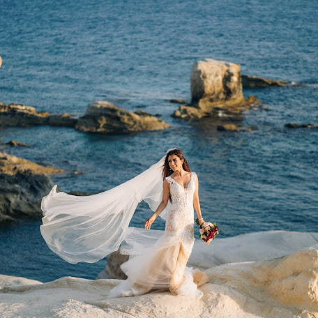Wedding photographer Elli Philippou (PhotoLoungeCy). Photo of 17.08.2017