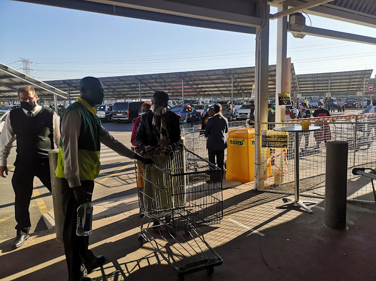 A few cheers when Makro in Springfield, Durban, opened its door at its liquor outlet just after 9am.