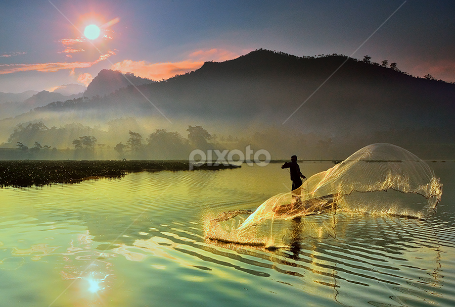 f i s h e r m a n by Dody Herawan - News & Events World Events ( fishing, responsible experiential travel, travel destinations, culture, travel, ethnicity, ethnic, food, traditional medicine, sustainable living, social, people, traditional environmental knowledge, anthropology, conservation, environment, indigenous culture )