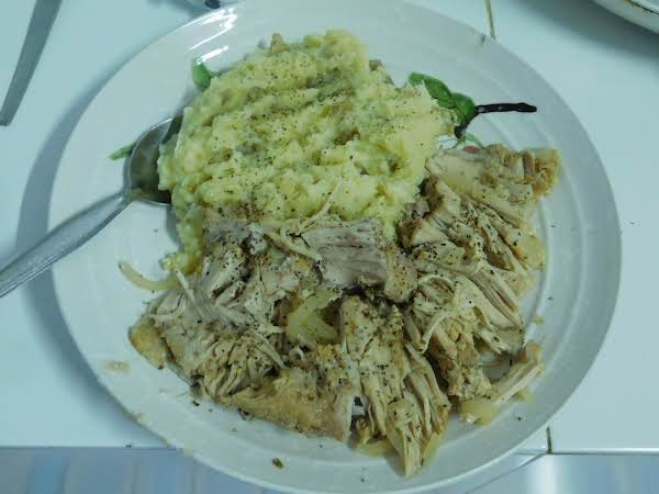 Slow Cooker Cuban Pork With Mashed Potatoes.