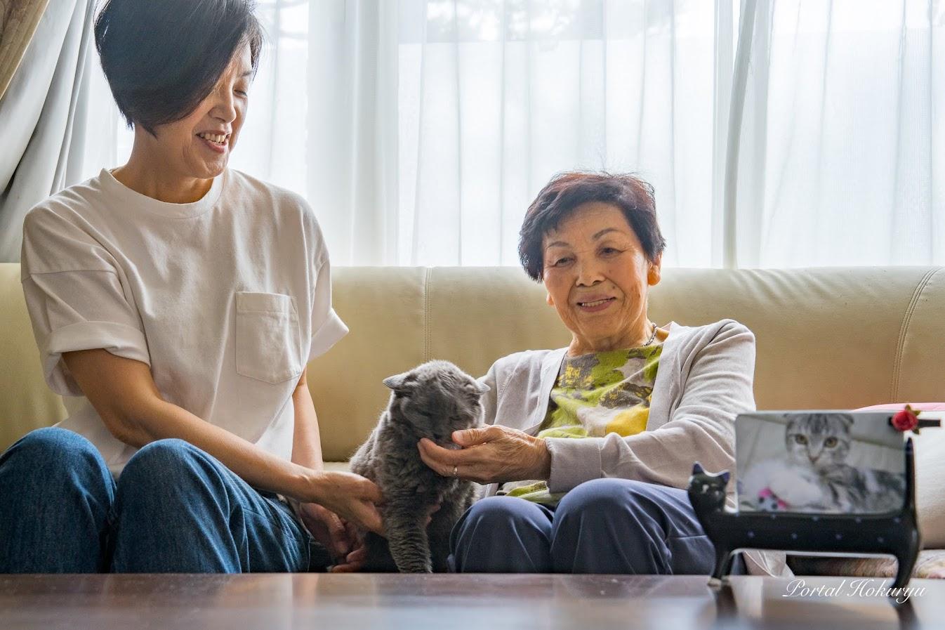 りつ子おばあちゃん、けい子ママと一緒に