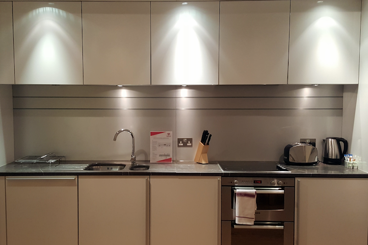 Fully equipped kitchen at King's Cross Superior