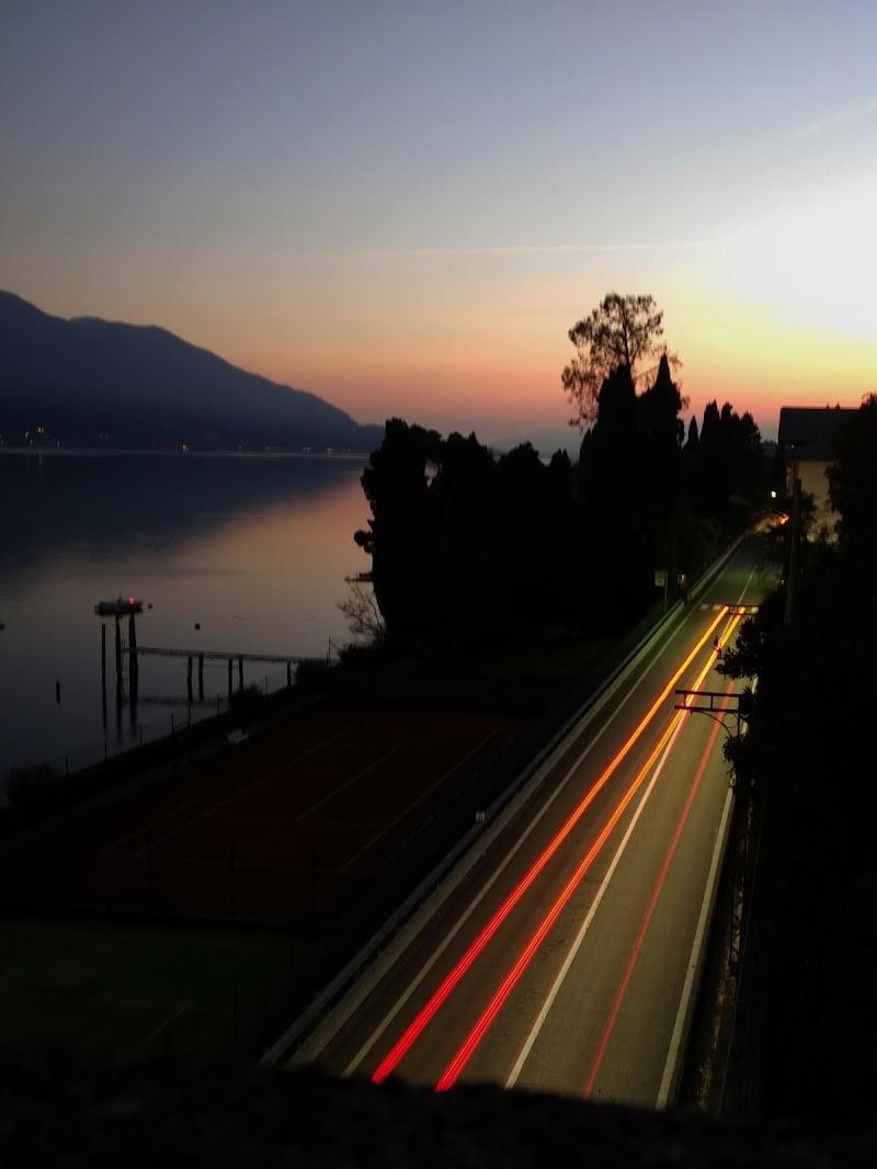Rincorrendo il tramonto  di alessandro_scognamiglio