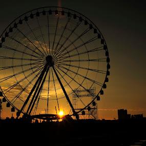 Big Eye in Puebla by Cristobal Garciaferro Rubio - City,  Street & Park  Vistas ( rise, mexico, puebla, sunrise, big eye, sun )