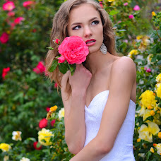 Wedding photographer Alena Nikolaenko (freesia). Photo of 29.07.2015