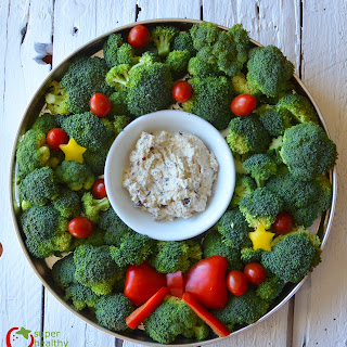 Holiday Veggie Tray with Creamy Ranch Dip