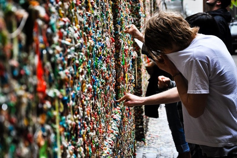 The Bubblegum Alley, o beco mais repugnante da Califórnia