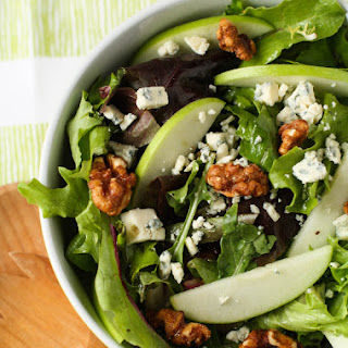 Mixed Green Salad with Blue Cheese Crumbles, Apples, and Candied Walnuts Recipe