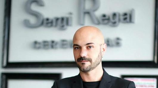 El diseñador almeriense Sergi Regal.