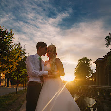Wedding photographer Mariya Shumilina (lunary). Photo of 01.12.2015