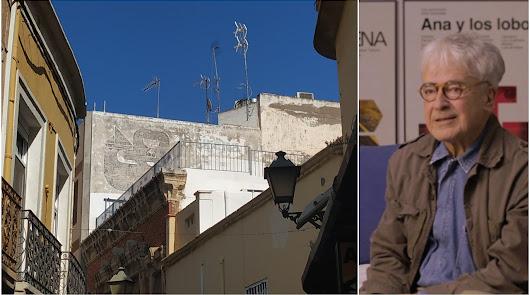 Cruz Novillo: 'El hombre que diseñó España' y regaló a Almería una sirena