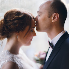 Wedding photographer Yana Vidavskaya (vydavska). Photo of 04.02.2016