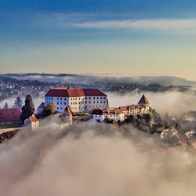 Fog in the city by Albin Bezjak - City,  Street & Park  Vistas ( sky, fog, town, ptuj, city )