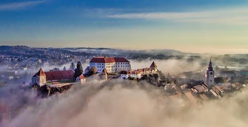 Fog in the city by Albin Bezjak - City,  Street & Park  Vistas ( sky, fog, town, ptuj, city )