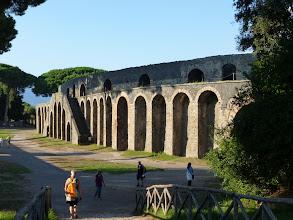 Photo: It.s3S234-141007Pompéï, site archéo, devanture amphithéâtre de plein air  P1000344